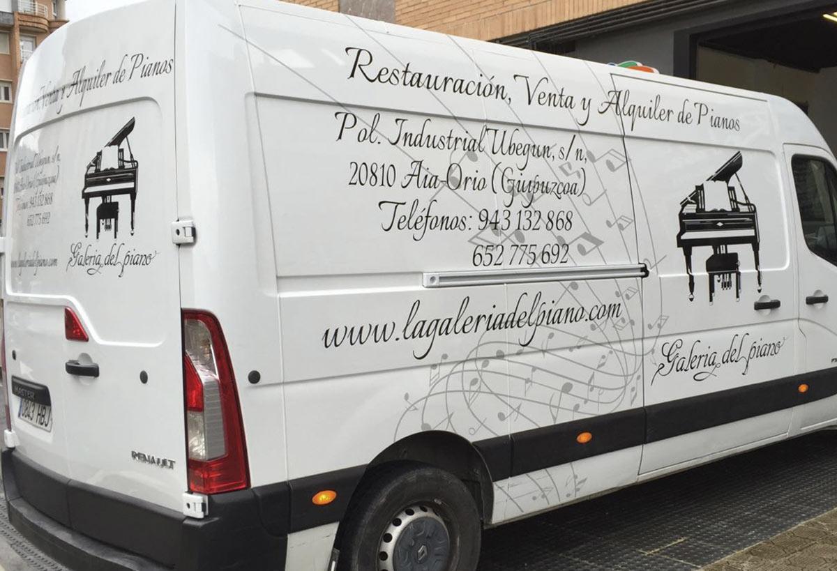 Diseño rotulación vehículo La Galería del Piano